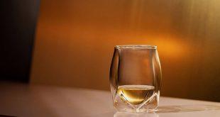 Пийте като познавач с 10-те идеални чаши за уиски