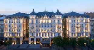 Величественият хотел Коринтия в Будапеща